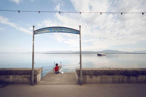 Beau rivage à Nyon vue sur le lac de Genève