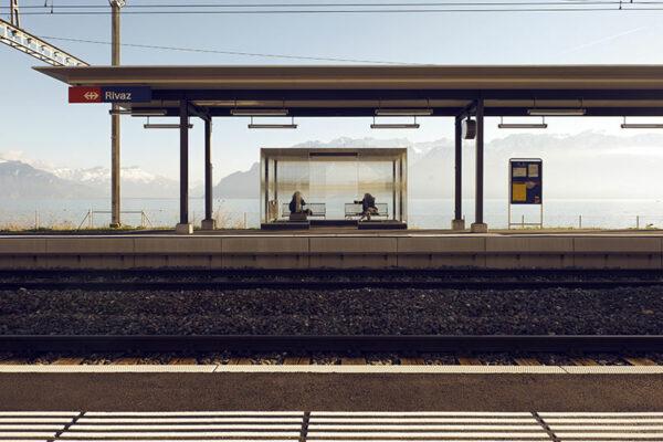 Face à Face - Photogrpahie prise à la gare de Rivaz en Suisse