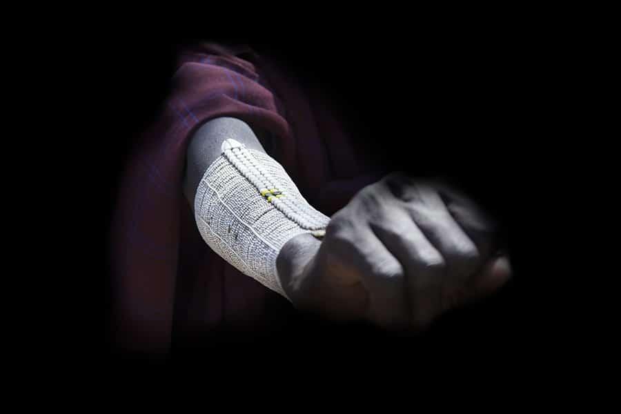 Bijou bracelet porté par le peuple des Massai en Afrique